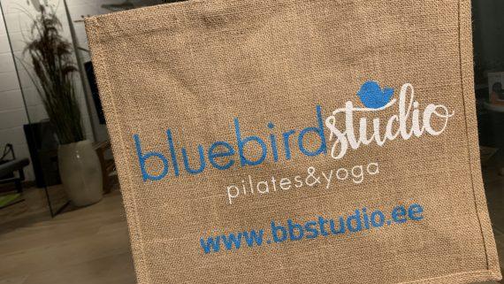 """Stuudios saadaval """"piduritega"""" sokid ning uued logoga trenni- ja rannakotid!"""
